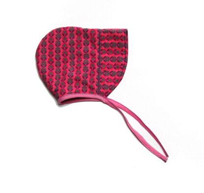 bonnet roze zijkant plat